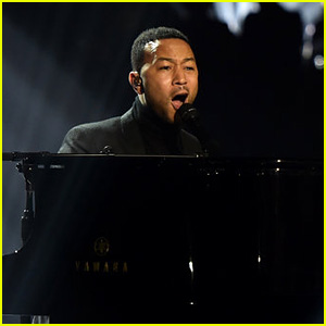 John Legend Performs U2's 'Pride (In the Name of Love)' at People's Choice Awards 2018!