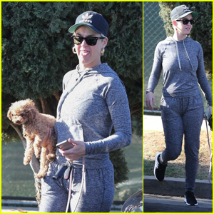 Katy Perry Keeps It Comfy in a Sweatsuit While Grabbing Coffee in LA