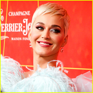 Katy Perry: 'Cozy Little Christmas' Stream, Lyrics & Download - Listen Now!