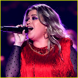 Kelly Clarkson Covers 'Never Enough' from 'Greatest Showman' - LISTEN NOW!