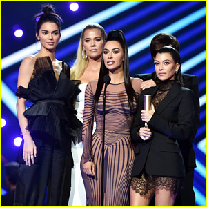 Kardashian Family Thanks California Firefighters During Peoples' Choice Awards Speech
