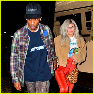 Kylie Jenner & Travis Scott Hold Hands After His NYC Concert!