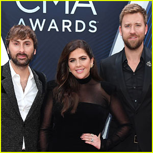 Lady Antebellum Cheer on Their Fellow Artists at CMA Awards 2018!