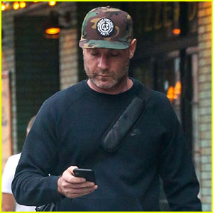 Liev Schreiber Hits the Gym Ahead of 'SNL' Hosting Duties!