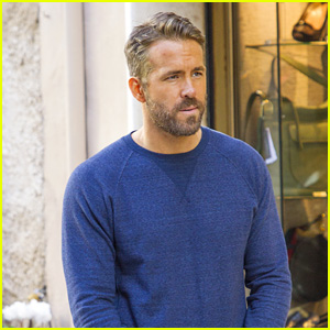 Ryan Reynolds Films Scenes for '6 Underground' in Rome!