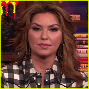 Shania Twain Reveals She Peed Herself on Stage & Covered It Up - Watch!
