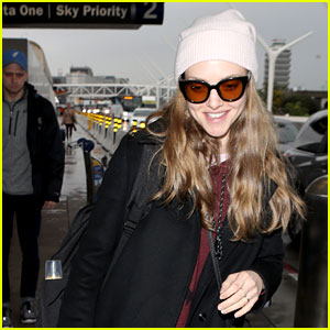 Amanda Seyfried & Dog Finn Travel From LA to NYC Together