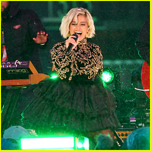 Bebe Rexha Performs Her Hit Songs in Times Square for NYE!