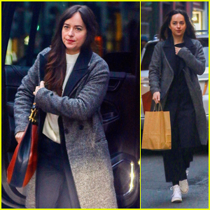 Dakota Johnson Bundles Up for Some Christmas Shopping in NYC!