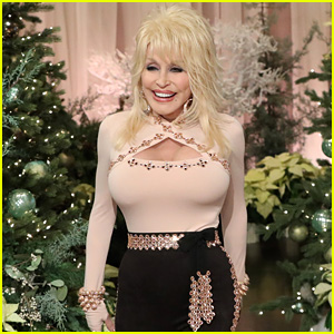 Dolly Parton Goes Christmas Crazy While Decorating for the Holidays - Watch!