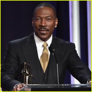 Eddie Murphy Shares First Family Photo with All 10 Kids!