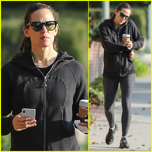Jennifer Garner Steps Out for Morning Coffee in L.A.