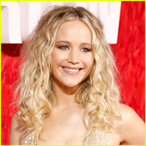 Jennifer Lawrence Makes Annual Christmas Trip to Children's Hospital in Kentucky!