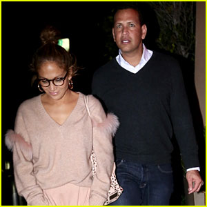 Jennifer Lopez & Alex Rodriguez Enjoy Dinner Date as 'Second Act' Hits Theaters!
