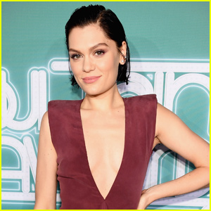 Jessie J This Christmas Day.Viewing Entertainment Feeds World Professional News