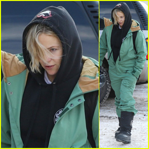 Kate Hudson Heads Out After a Snowboarding Session in Aspen!