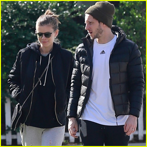 Kate Mara & Jamie Bell Take a Stroll Together in Silver Lake!