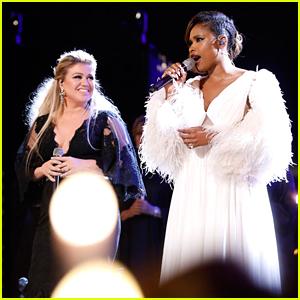 Kelly Clarkson & Jennifer Hudson Belt Out 'O Holy Night' on 'The Voice' Finale (Video)