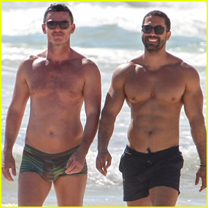 Luke Evans & Boyfriend Victor Turpin Bare Their Shirtless Bodies, Look So Cute Together During Beach Vacation