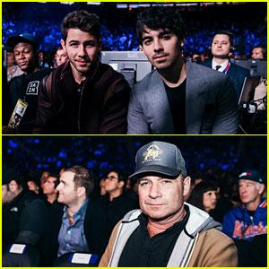 Nick & Joe Jonas Join Liev Schreiber at Canelo vs Rocky Fight