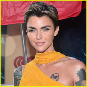 Ruby Rose Is Batwoman in 'Elseworlds' CW Crossover Event - Watch the First Teaser!