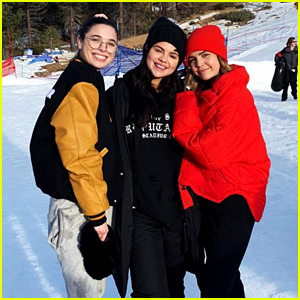 Selena Gomez Goes Snow Tubing with Her Friends!