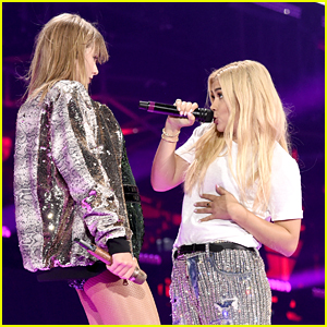 Taylor Swift Joins Hayley Kiyoko for Surprise Duet of 'Delicate' at Ally Coallition Talent Show 2018!