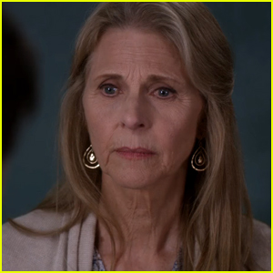Lindsay Wagner Is Returning to 'Grey's Anatomy' for Season 15!