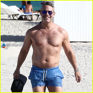 Andy Cohen Shows Off His Buff Bod Shirtless on the Beach in Miami!