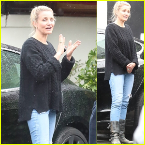Cameron Diaz Enjoys Lunch With Friends in Beverly Hills ... Cameron Diaz Pregnant 2019 Pics