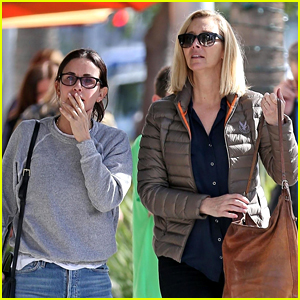 'Friends' Stars Courteney Cox & Lisa Kudrow Reunite for Lunch
