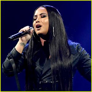 Demi Lovato Sends Love to Ariana Grande, Miley Cyrus & More Female Pop Stars!