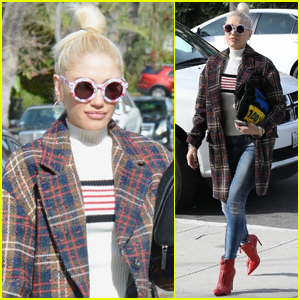 Gwen Stefani Struts Her Way to Church in Los Angeles