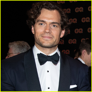 Henry Cavill Shows Off Massive Biceps In New Instagram Photo