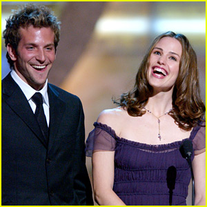Jennifer Garner Wishes 'Alias' Co-Star Bradley Cooper a Happy Birthday!
