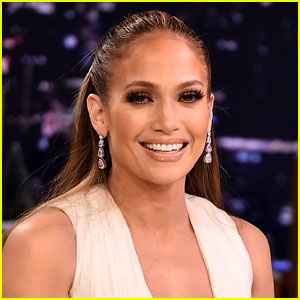 Jennifer Lopez's Instagram Pic Gets Attention From Both an Ex & Her Current Boyfriend!