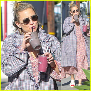 Kate Hudson Heads Out for a Juice Run in LA