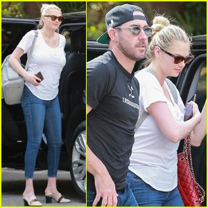 Kate Upton & Husband Justin Verlander Grab Lunch in Beverly Hills