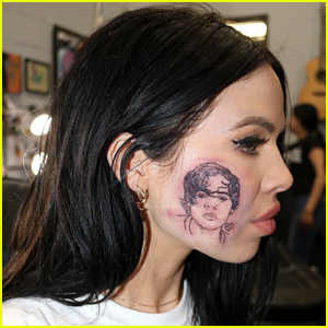 Singer Kelsy Karter Reveals Why She Got Harry Styles' Face Tattooed on Her Cheek