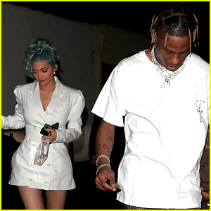 Kylie Jenner & Travis Scott Dine Out on New Year's Eve!