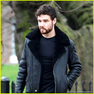 Liam Payne Takes a Stroll With His Father in Kensington Gardens