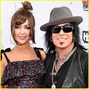 Motley Crue's Nikki Sixx & Wife Courtney Expecting First Child Together!