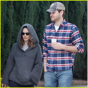 Rachel McAdams & Jamie Linden Step Out for an Errands Run