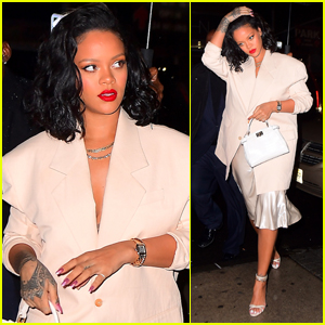 Rihanna Braves the Rainy Weather for Dinner in NYC