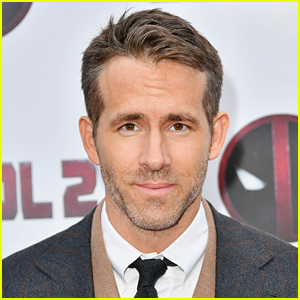 Ryan Reynolds Once Appeared on 'The Masked Singer' in Korea!