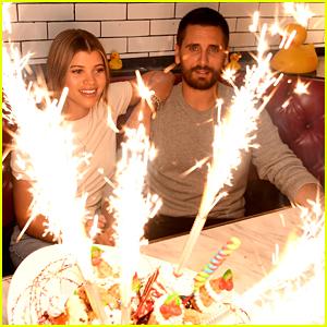 Scott Disick & Sofia Richie Have a Date Night in Las Vegas!