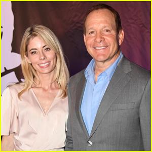 'Three Men & a Baby' Star Steve Guttenberg Marries News Anchor Emily Smith!