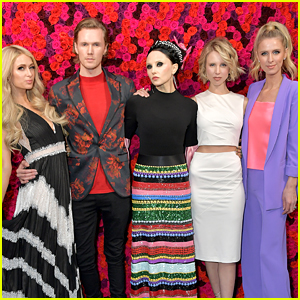 Paris Hilton's Siblings Join Her at Alice + Olivia NYFW Event!