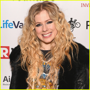 Avril Lavigne: 'Head Above Water' Album Stream & Download - Listen Now!