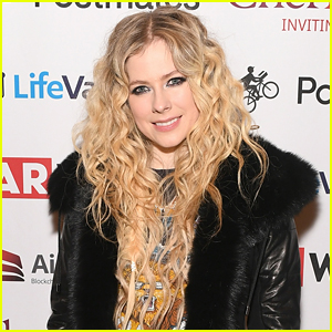 Avril Lavigne Teases New Songs 'Dumb Blonde,' 'It Was In Me' & 'Tell Me It's Over' - Listen!